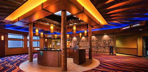 hotel lodge   town   bears casino lodge