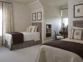 Bedroom gt guest bedroom decorating ideas gt contemporary twin bed guest
