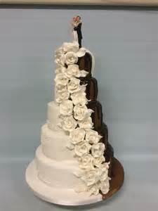 Wedding Bouquet Wedding Cakes Amazing Cakes Irish Wedding Cakes Based In Dublin Ireland Wedding Cakes