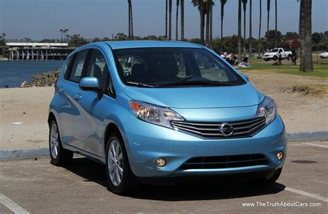 nissan versa note 2013 first drive 2014 nissan versa note hatchback video 24