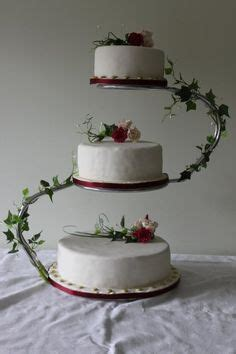 wedding cake three tier stand something to go with the metal ring toppers 3 tiered
