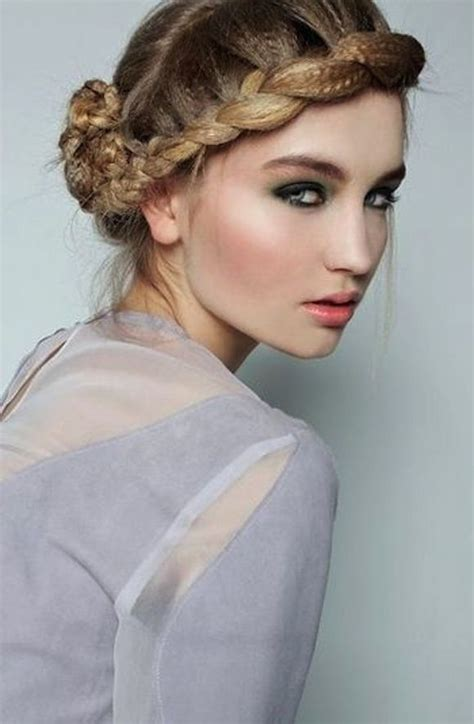 festive updo hairstyle inspiration for 2016 runway updo hairstyle inspiration for 2016 2017 haircuts