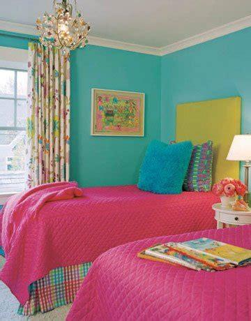 hot colors for bedrooms uma carioca na ro 231 a decora 199 195 o para quarto de menina