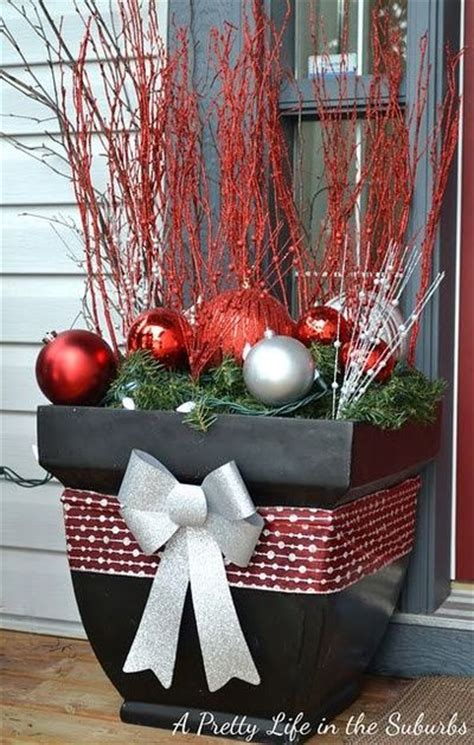 decorating front porch for christmas cool christmas porch d 233 cor ideas modern world furnishing