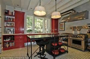 French Country Dining Room Set Tim Mcgraw And Faith Hill Put Their Tennessee Home On The