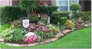 Pictures of Front Landscaping Ideas