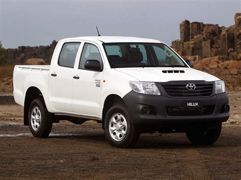 Toyota Hilux 4 Toyota Hilux Workmate Cab 4 215 4 2011 Toyota Hilux