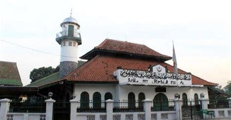 tempat lilin tl 2a 3 5 h mengenal 6 tempat ibadah paling bersejarah di kota jakarta