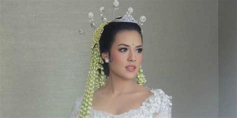 Baju Nikah Raisa gaun pengantin raisa tanpa siger disorot ini penjelasannya co id