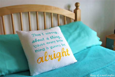 membuat bantal quote 8 hadiah kecil ini bisa jadi bukti cinta tanda tulusnya