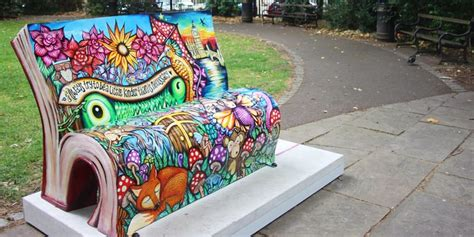 foto di panchine panchine letterarie a londra si promuove la cultura