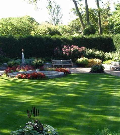 Rectangular Garden Ideas Oblong Garden Design Landscaping Modern Home Exteriors