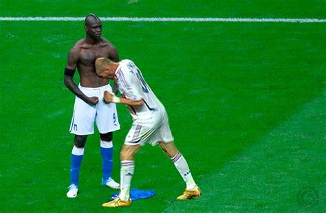 Mario Balotelli Meme - zidane mario balotelli s goal celebration know your meme
