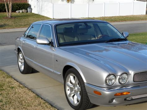 2002 jaguar xjr review 2002 jaguar xjr pictures cargurus