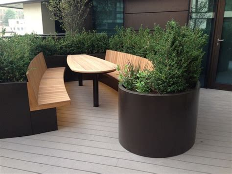 Merchant And Planters by Bespoke Curved Planters And Seating 3 Merchant Square
