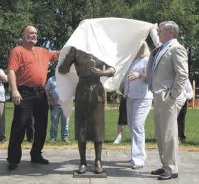 The unveiling in 2009 unsurprisingly the head is still covered via