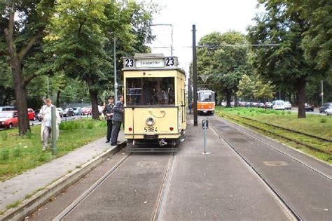 Klink Weddingku by Bvg Ost Alte Modernisierte Strassenbahn In Ost Berlin