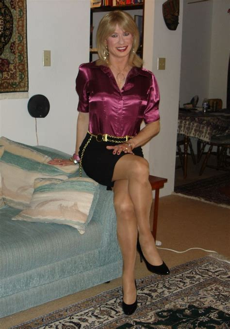 one of the most beautiful crossdresser i have ever saw crossoverdress leslie anne butterfly gorgeous