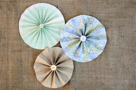 How To Make Paper Wheels - diy paper flowers car interior design