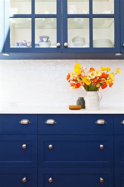 blue galley kitchen cottage kitchen arent pyke 55 best navy yellow in the kitchen images on pinterest