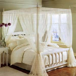 camas con tul mosquitero