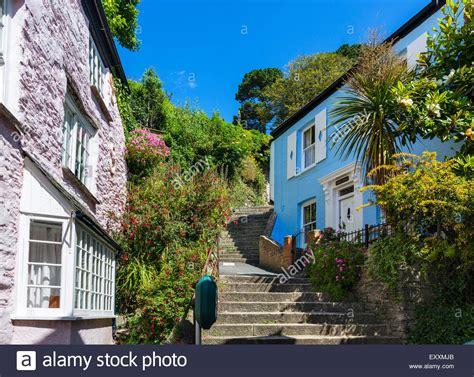 Traditional Cottages Just Above The Town Centre Fowey Cottages Fowey