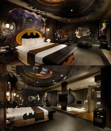 batman bedrooms ideas best 25 geek bedroom ideas on pinterest