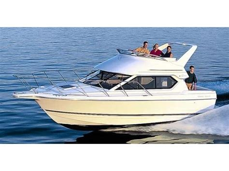 bayliner boats specs bayliner ciera command bridge boats for sale