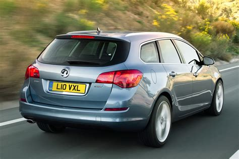 vauxhall buick new opel astra sports tourer unveiled should buick bring