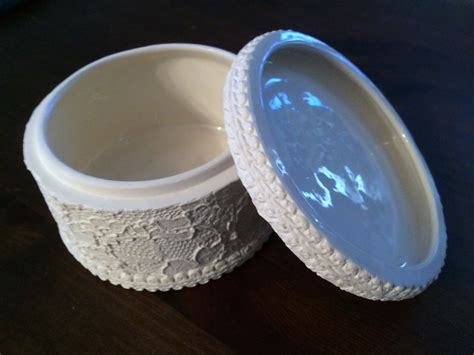 looking for africian american ceramic bisques or molds you paint it lace box or container glazed inside