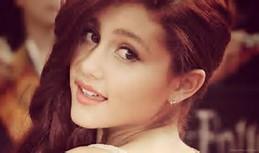 Ariana Grande Face