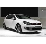 The 2011 Volkswagen GTI Ranks 1 Out Of 9 Upscale Small Cars This
