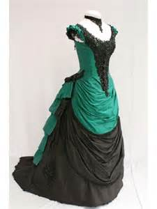 Green and black short sleeves victorian bustle ball gown
