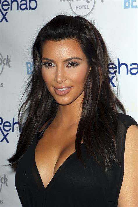 kim kardashian half up half down hairstyles more pics of kim kardashian half up half down 7 of 30