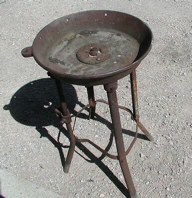 Excellent Vintage Blacksmith Buffalo Forge Blower