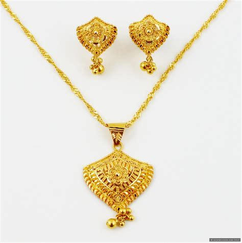 Gold Jewellery by 22ct Indian Gold Pendant Set Pendant Sets Indian