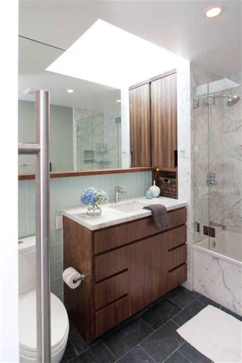 Mid Century Modern Bathroom Lighting by A Small Oasis Midcentury Bathroom San Francisco By