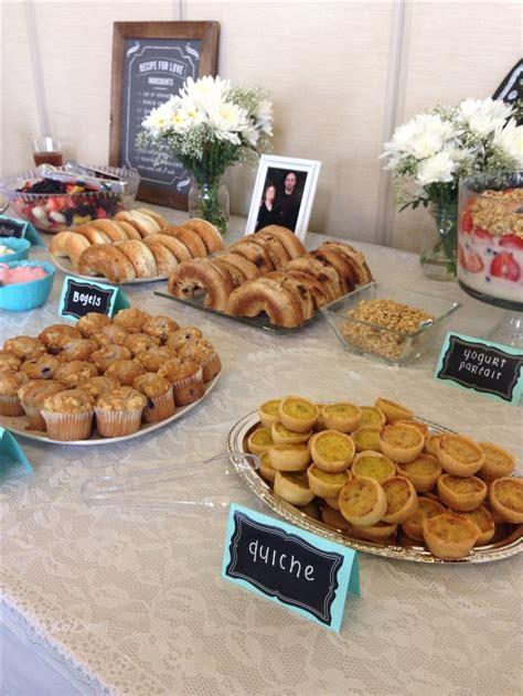 Brunch Finger Foods For Baby Shower by Best 20 Baby Shower Brunch Ideas On Baby