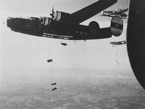 the eighth sister rt 846823320x b 24h liberator rt p 42 50318 of the 706th bs 446th bomb group and 42 95180 from the 706th bs