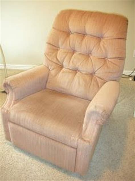Reupholstering A Lazy Boy Recliner by Do It Yourself Divas Diy Reupholster An La Z Boy