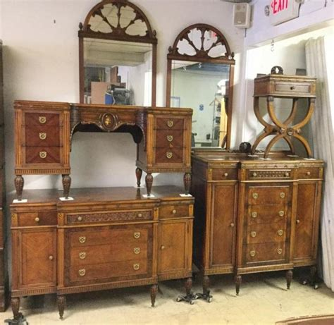 1920s bedroom furniture 6 pc 1920 s bedroom set includes dresser vanity tall dres