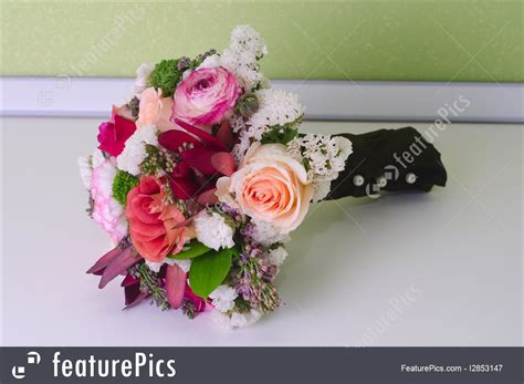 Wedding Flower Bunch by Flowers Wedding Bunch Of Flowers Stock Picture I2853147
