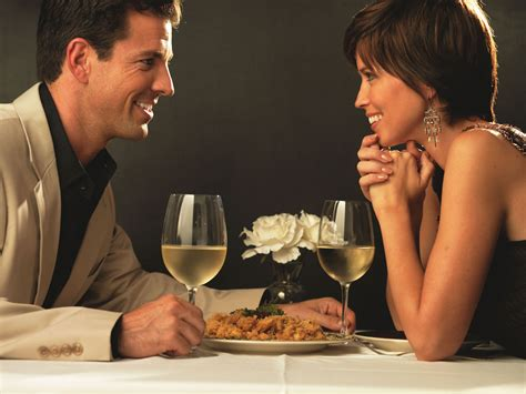 how to plan a restaurant date dining lifestyle - Dating Dinner