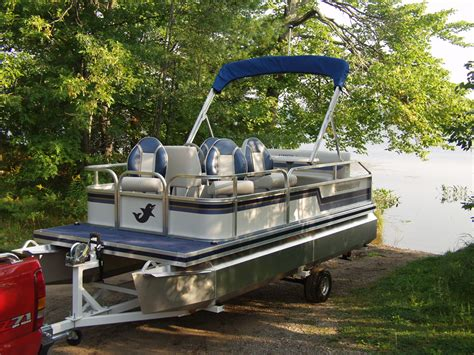 small pontoon boats wi pontoon trailers pontoon boat trailers for sale in wisconsin