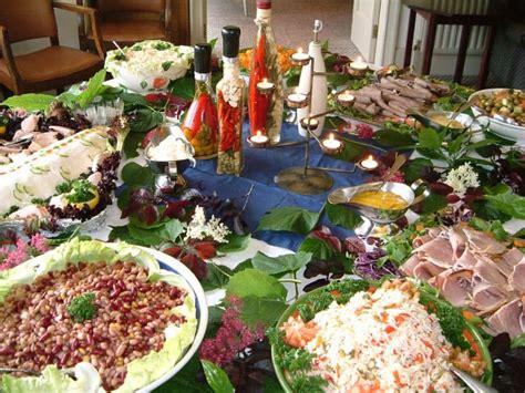 buffet style dinner dinner for guests sit dinner vs buffet dinner