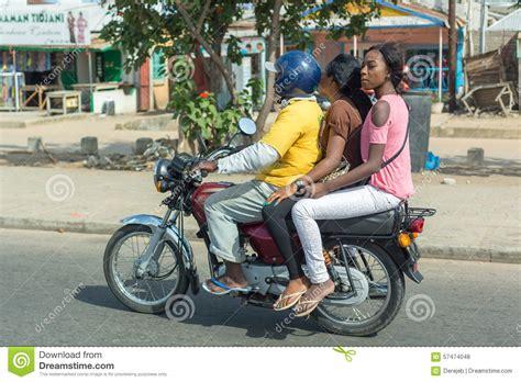 Motorrad Mieten Bangkok by Motorradtaxi In Benin Redaktionelles Stockfoto Bild Von