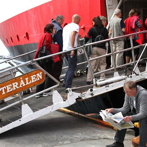 len dortmund working ship sailings kirkenes bergen hurtigruten us