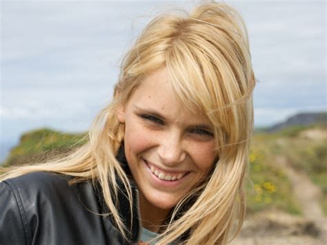 which hair color best suits your personality blonde which hair color suits your personality quizlady