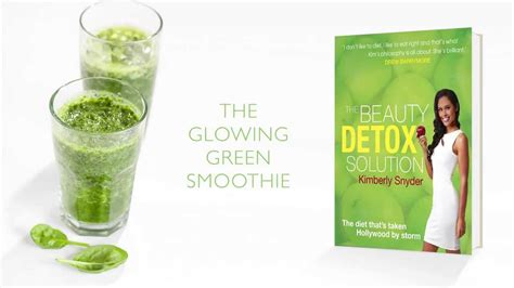 Snyder Detox Green Smoothie by Snyder S Detox Solution The Glowing