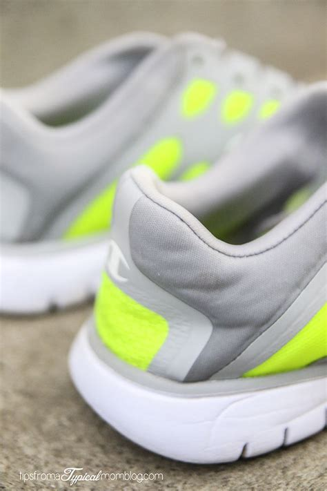 how to wash sneakers in the washing machine 17 best ideas about washing tennis shoes on